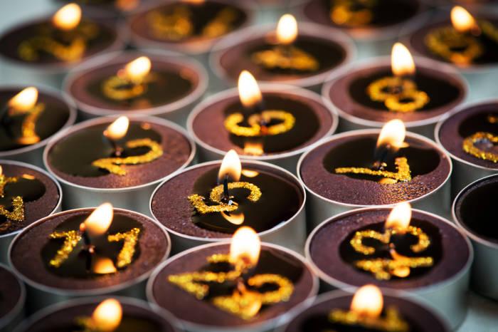 Oder es gibt halt 24 Kerzen...
