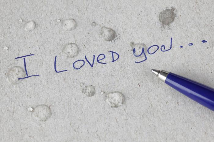 Liebeskummer kann manchmal sehr lange andauern - wichtig ist, immer nach vorne zu sehen.