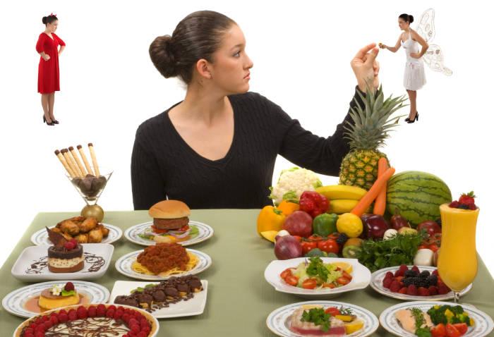 """Die meisten Diäten zwingen zum Verzicht auf Süßes und Fettiges - """"If it fit your macros"""" erlaubt euch zwischendurch zu sündigen."""