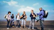 Menschengruppe beim Fotografieren