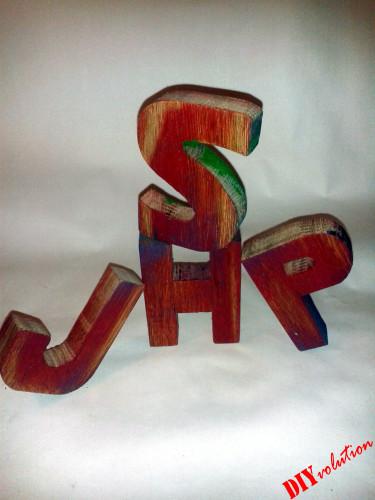 Was ihr mit den Buchstaben im Shabby-Style macht, ist ganz eurer Kreativität überlassen.