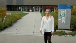 Anna vor der Uni
